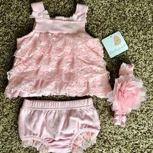 3 month girl pink frilly set
